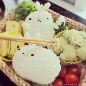 molang, rabbit, bunny, cute easter, easter bento, obento, bento, kawaii bento, cute food, cute bento, crochet, amigirumi, korea, korean, japanese, rice balls, food art, lunch box, lunch, kids, kids meal, lunchbox,