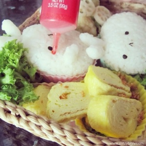 molang, korea, japan, bento, obento, bunny bento, rabbit bento, cute bento, crative bento, kawaii bento, cute food, kawaii food, foodart, food art, creative food, lunch, lunchbox, lunch box, kids lunch, idea, crochet, amigurumi, healthy meal, healthy bento,